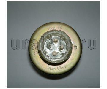 На изображении - деталь ДКД-5К  Датчик комбинированный давления