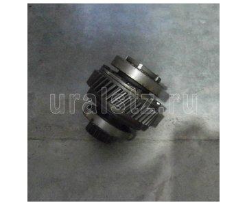 На изображении - деталь 375-1802150-01  Дифференциал разд., (завод)