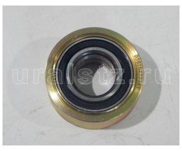 На изображении - деталь 650.1308111  Ролик промежуточный с подшипником (завод)