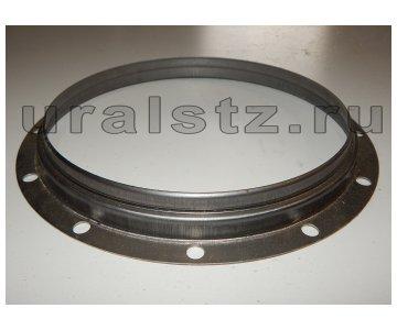 На изображении - деталь 375-2304095-Б  Кольцо сальника, (завод)