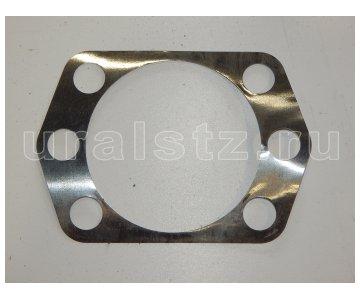 На изображении - деталь 375-2304076-01  Прокладка, (завод)